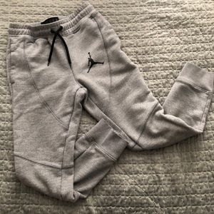 Nike Bottoms - Boys Jordan Joggers - sz S